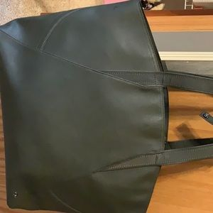Lululemon All Day Tote and Cosmetic Bag